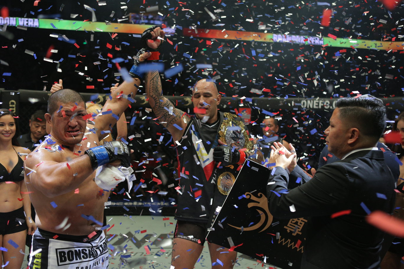 Vera gets crack at Light Heavyweight Title