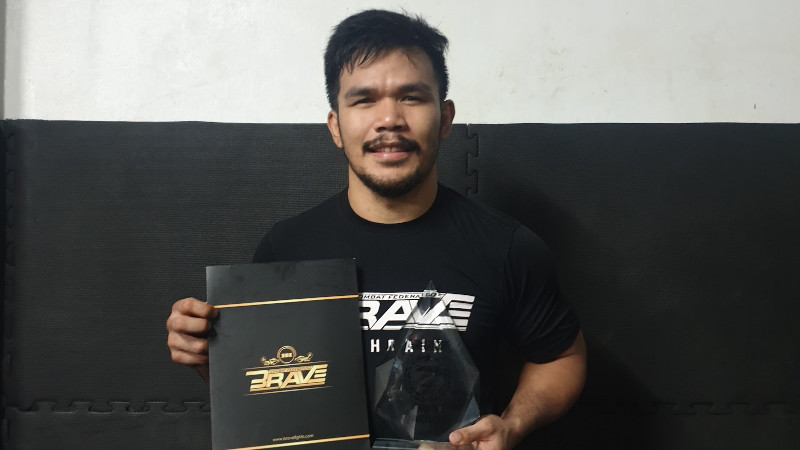 Fatherhood fuels Rolando Dy to be best for family, at MMA